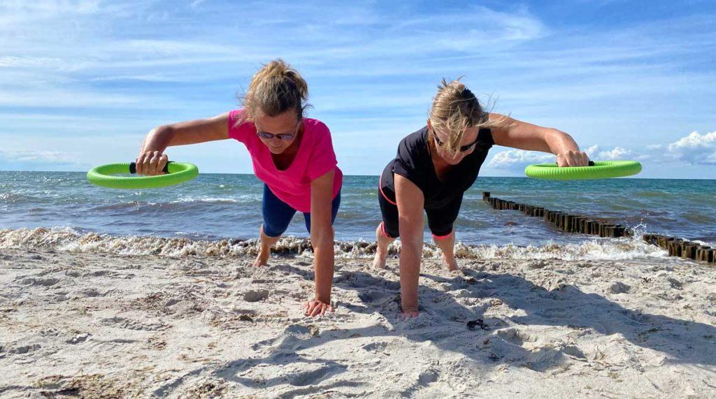 kerstin zech sport am strand